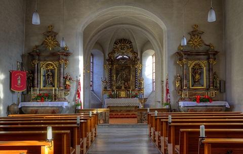 Innenansicht der St. Ottilia-Kirche in Rüdenau