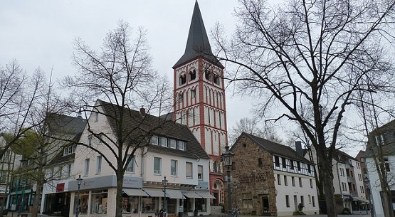 Siegburg mit Pfarrkirche St. Servatius